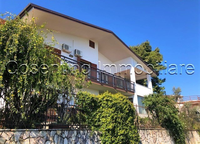Baida: Appartamento in villa